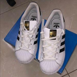 Adidas superstar originals shoes 3Y